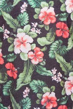 Stylesight- vintage Hawaiian print is so beautiful Floral Print Wallpaper, Love Wallpaper, Pattern Wallpaper, Floral Prints, Tropical Prints, Floral Wallpapers, Hawaiian Flowers, Tropical Flowers, Motifs Organiques