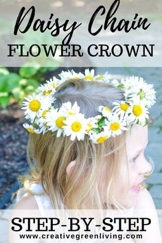 How to make a daisy chain flower crown or bracelet with real flowers. This easy DIY tutorial shows you how to make a floral headband or crown from daisies, dandelions or other wildflowers. #creativegreenliving #daisychain #flowercrown #kidscrafts Daisy Crown, Diy Flower Crown, Flower Crowns, Real Flowers, Summer Flowers, Diy Flowers, Daisy Headband, Floral Headbands, Fun Crafts