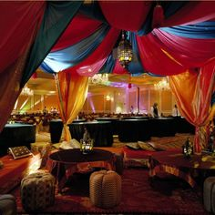 If this isnt out prom theme, I'll shoot someone Arabian Nights Theme Party, Arabian Nights Prom, Arabian Theme, Arabian Party, Dance Themes, Prom Themes, Prom Backdrops, Moroccan Party, Mehndi Decor