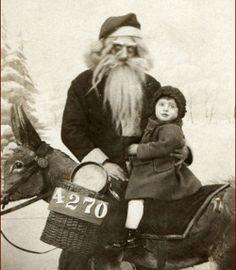 ghastly creeper santa