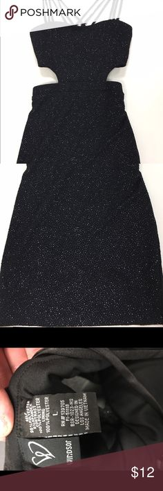Black sparkle cut out mini by Windsor. Size L. Amazing form fitting cut out mini from Windsor. EUC. 30% off bundles of 2 or more listings from my closet😊 WINDSOR Dresses Mini
