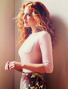 #Rachelle Lefevre- Im in love with her red hair!