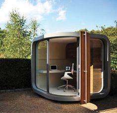Een soort van caravan-kantoor zonder wielen. Wil ik best voor in de tuin.