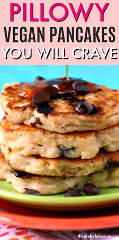 Truly the easiest fluffy vegan pancake recipe out there, and I have tried a lot! Simple ingredients and clear instructions make the perfect vegan pancakes! #vegan #breakfast #pancakes #recipe Fluffy Vegan Pancake Recipe, Vegan Banana Pancakes, Vegan Pancake Recipes, Chocolate Chip Pancakes, Egg Recipes For Breakfast, Breakfast Pancakes, Mini Chocolate Chips, Vegan Chocolate, Types Of Pancakes