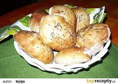 Dalamánky domácí recept - TopRecepty.cz Baked Potato, Hamburger, Potatoes, Bread, Baking, Vegetables, Ethnic Recipes, Food, Basket