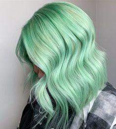 #hairdare #haircolor #greenhair #womenshair #beauty