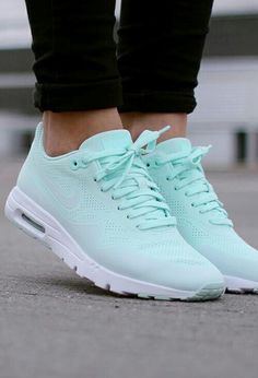 $50 - $500 Bright Sky Blue Green Turquoise Summer Nike Sneakers Running Shoes Summer Spring Shoe Trends