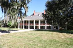 Destrehan Plantation | Memories: I used to pass this plantation house when I took my motorcycle up the winding River Road from New Orleans, a very nice ride...