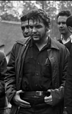 Amor mío HLVS Che Guevara Quotes, Che Guevara Images, Robert Doisneau, Roy Lichtenstein, Che Quevara, Robert Frank Photography, Pop Art Bilder, Marc Riboud, Viva Cuba