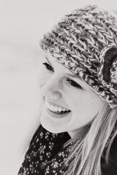 Senior photo session - female portrait - senior picture ideas for girls - winter portrait - black and white