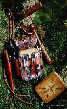 Leather pouch and fly-box at tree II..seems a bit bulky but looks good