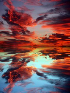Where does the sky end and the earth begin...This image is absolutely breathtaking