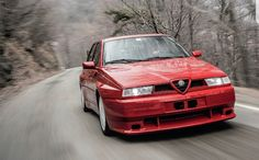 🇮🇹 In 1992 Alfa Romeo 155 GTA Stradale was a dream car for everyone! 4 cylinders turbocharged, about with overboost. Alfa 164, Alfa Alfa, Alfa Romeo 155, Maserati, Sport Cars, Porsche 911, Cool Cars, Dream Cars, Classic Cars