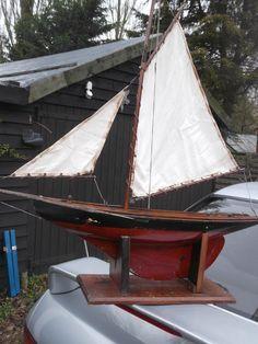 https://flic.kr/p/rhfB2J | 1920s English pond yacht