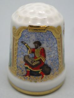 Rusia, porcelana pintada a mano, Etude: Galina Gorbaneva. Asociacion Etude. La Epopeya, la película, la ópera de Rimsky-Korsakov y la pintura de Ilya Repin - Sadko. Thimble-Dedal-Fingerhut