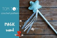 This item is made of pdf pattern. Crochet Stars, Knit Or Crochet, Crochet Stitches, Crochet Patterns, Crochet Ideas, Crochet Fairy, Star Wand, Fairy Wands, Photography Props