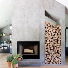 Top 60 Best Concrete Fireplace Designs - Minimalistic Interior Ideas Fireplace Tile Surround, Painted Brick Fireplaces, Concrete Fireplace, Diy Fireplace, Linear Fireplace, Minimalist Room, Minimalist Interior, Contemporary Fireplace Designs, Brick Design