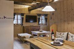 Wohnküche im Bauernhaus // Kitchen-living in the cottage Private Sauna, Modern Farmhouse, Homes