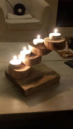 1 million+ Stunning Free Images to Use Anywhere Wood Log Crafts, Diy Wood Projects, Woodworking Projects, Christmas Wood, Christmas Crafts, Wood Circles, Wood Logs, Wood Candle Holders, Diy Décoration