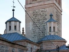Cupulas con linternas. Iglesia de San Pedro Ad Vincula (Vallecas - Madrid)