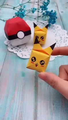 Bikachu origami - Pokemón You are in the right place about bathroom crafts Here we offer you the most beautiful pict - Diy Crafts Hacks, Diy Crafts For Gifts, Diy Arts And Crafts, Fun Crafts, Creative Crafts, Paper Crafts Origami, Paper Crafts For Kids, Diy Paper, Instruções Origami