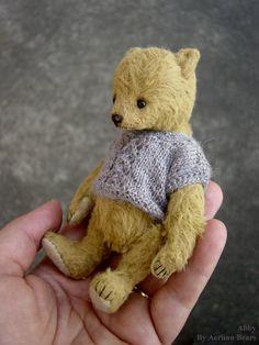 Abby, Miniature One Of a Kind Artist Bear from Aerlinn Bears
