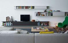 Mueble modular de pared modular de madera con soporte para tv SKIP - Poliform