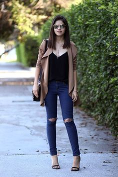Preferred basics peinados y maquillaje Modern Outfits, Casual Outfits, Fashion Outfits, Love Fashion, Autumn Fashion, Womens Fashion, Casual Chic, Korean Fashion Casual, College Outfits