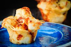 Easy to make, pull apart pizza muffins that are perfect for supper or a snack, or as an easy on-the-go meal. The whole family will love these pizza muffins!