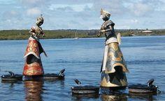 Encontro do Rio Buranhém com o mar, na Praia do Apaga-Fogo, Arraial d'Ajuda, Bahia