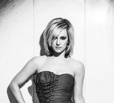 Tijana Bogićević singt für Serbien in Kiew Eurovision Song Contest, Tops, Women, Fashion, Serbian, Moda, Fashion Styles, Fashion Illustrations, Woman