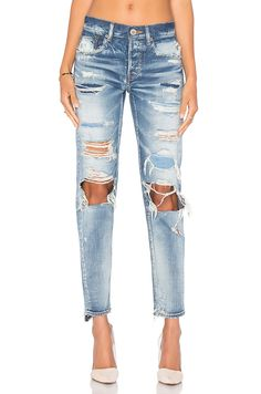 Distressed Straight Moussy $477