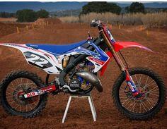 Honda Dirt Bike, Dirt Bike Gear, Dirt Bike Racing, Moto Bike, Honda Motorcycles, Dirt Biking, Mx Bikes, Motocross Bikes, Dirtbikes
