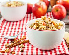 With the combination of warming spices and crisp autumn apples, this Apple Cinnamon Quinoa Cereal will become a regular in your breakfast repertoire.