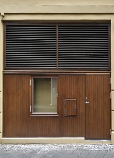 #Vatnestrøm #Iveland #vatnestrømdørfabrikken #treproduksjon #heltredører #eik #litbedredører #spesialdører #håndlaget #kvalitet #sørlandet #doorsofnorway #door #krisiansand #specialdoor #imponerende #ramtredør #spesiellfylling #nicedoor #special #accoyawood #accoya #stor #dør Decor, Outdoor Decor, Home, Garage Doors, Doors