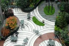 Radial paving patterns