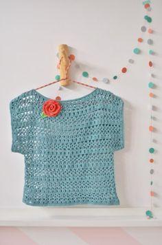 Captivating Crochet a Bodycon Dress Top Ideas. Dazzling Crochet a Bodycon Dress Top Ideas. Cardigans Crochet, Crochet Jumper, Crochet T Shirts, Love Crochet, Easy Crochet, Crochet Clothes, Crochet Top, Crochet Books, Crochet Yarn