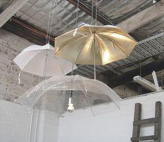 Isn´t it odd that umbrella lamp hacks are so rare? Here are some ideas to get those DIY juices flowing. Umbrella Decorations, Umbrella Lights, Decoration Originale, Room Setup, Lampshades, Ceiling Lights, Architecture, Design, Home Decor