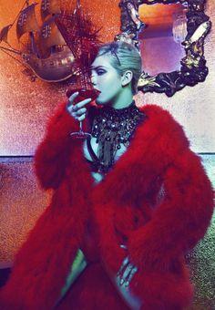 ** Ellie Goulding Flaunting in Fur
