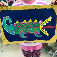 So in love with how these third grade funky shape alligators are turning out! I found this lesson by @amessyartroom, inspired by…