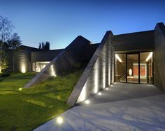 If It's Hip, It's Here: New Modern Concrete House in Madrid Resembles A Bunker. But What A Bunker!