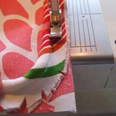 Learn How-To Sew Piping While Making a Cushion {Piping}
