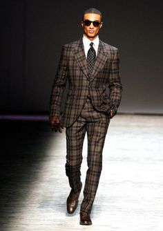 How to choose the right suit?