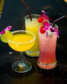 Happy Hours Buy 1 Get 1 Free at Phranakhon Restaurant #SwimmingPool #BangkokHotel #ChillaxResort #Chillax #BangkokTravel #vodka #darkrum #juice #HappyHours