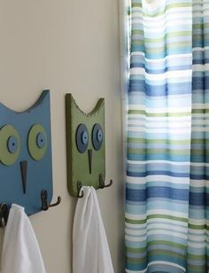 Before Meets After: If you send a girl to Target: Guest Bathroom Reveal - (Love the owl coat hooks) Home Projects, Projects To Try, Owl Crafts, Wooden Crafts, Wood Art, Woodworking Projects, Diy Home Decor, Crafty, Bathroom Hooks