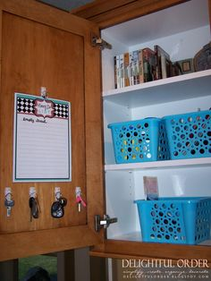 **ORGANIZATION is key ** kitchen command center.oh i wish i were this organized! Seed Sowing As Command Center Kitchen, Family Command Center, Command Centers, Kitchen Desk Areas, Kitchen Desks, Organized Kitchen, Key Kitchen, Order Kitchen, Cheap Kitchen