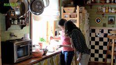 Kváskový chleba (kuchařka ze Svatojánu) Russian Recipes, Bread Recipes, Growing Up, Youtube, Cooking, Camera Phone, Food, Rolls, Drink