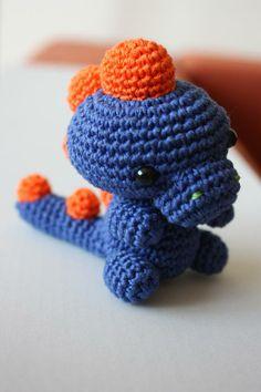 easy crochet toys free pattern   Amigurumi babymonters and amigurumi dinosaur