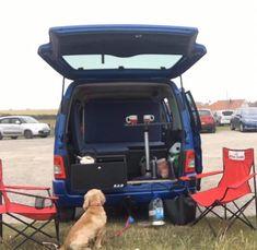 Mini Camper, Vw Camper, Van Conversion For Family, Berlingo Camper, Rental Vans, Minivan Camper Conversion, Custom Mercedes, Minivan Camping, Van Accessories