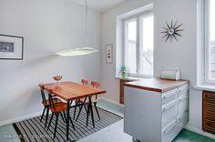 Tapiovaara's dining table & chairs / Tapiovaaran Pirkka-ruokailuryhmä